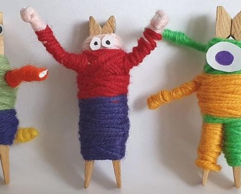 Wol & Co knijperpoppetje maken 11 drie op een rij