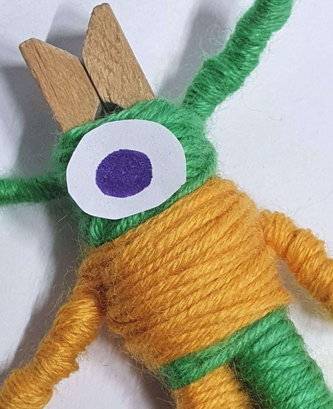 Wol & Co knijperpoppetje 9 oog van papier