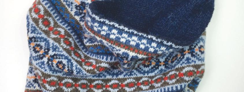 Delft Blue Cowl